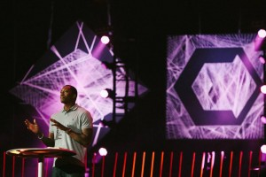 Lecrae-at-Catalyst-Atlanta-2013